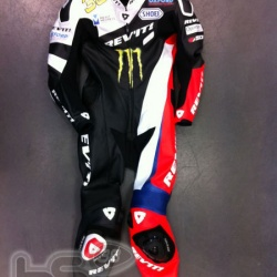 <p>Exclusive pictures from REV'IT! of Bradley's Test Leathers in production.<br />Photos courtesy of <strong>©REV'IT!</strong></p>