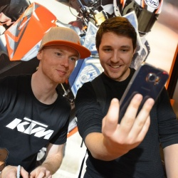 <p>Bradley Smith at MotorcycleLIVE with KTM UK<br>Photos courtesy of <strong>©MotorcycleLIVE</strong></p>