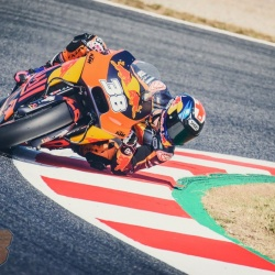 <p>Photos courtesy of<span>&nbsp;</span><strong>Red Bull KTM Factory Racing -&nbsp;</strong><strong>©Gold and Goose /&nbsp;</strong><strong>©Sebas Romero</strong></p>