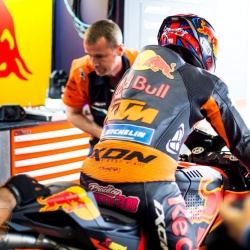 <p>Photos courtesy of<span>&nbsp;</span><strong>Red Bull KTM Factory Racing - ©Gold and Goose</strong></p>